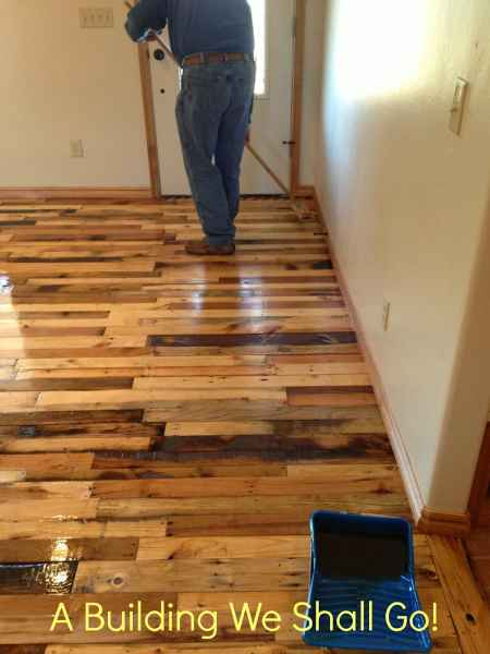 25-genius-pallet-projects-to-make-for-the-homestead
