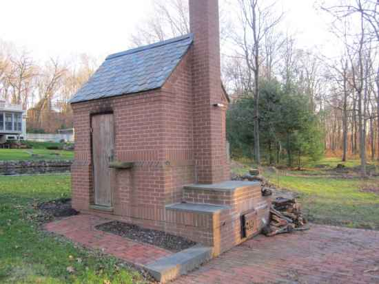 4-diy-smokehouse-ideas