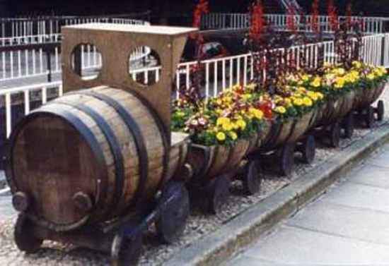 21 Ways To Repurpose Wine Barrels On The Homestead