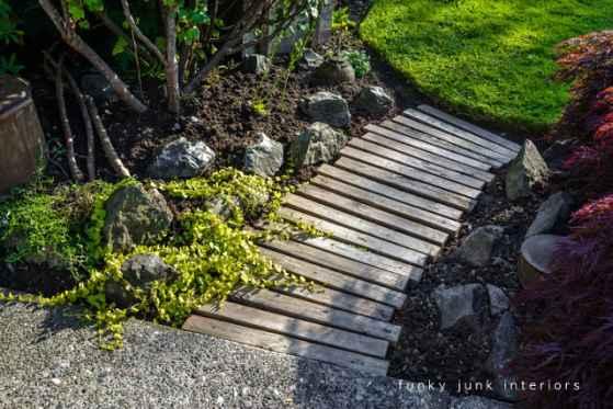 11-diy-garden-path-ideas