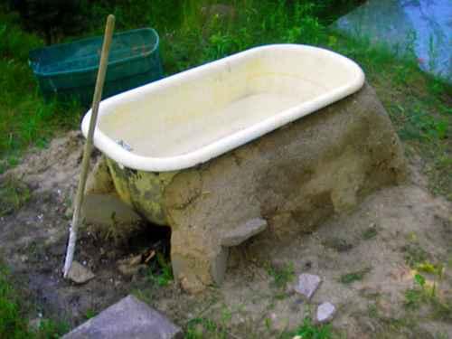 11-diy-hot-tubs-and-swimming-pools