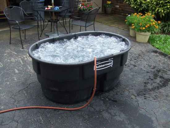 12-diy-hot-tubs-and-swimming-pools