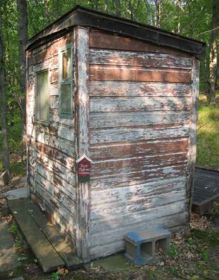 13-outhouse-plans-and-ideas-for-the-homestead