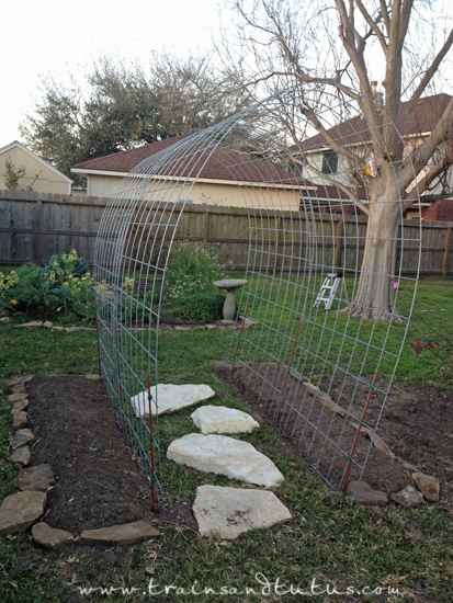 16-diy-garden-trellis-projects