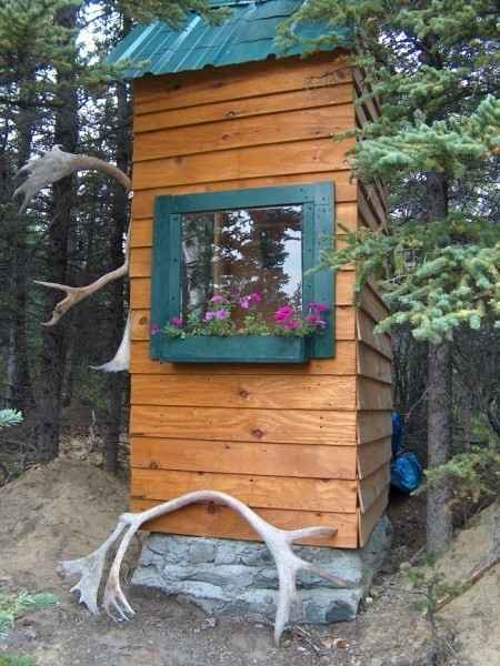 16-outhouse-plans-and-ideas-for-the-homestead