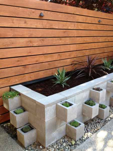 18-diy-elevated-planter-boxes-for-easy-gardening