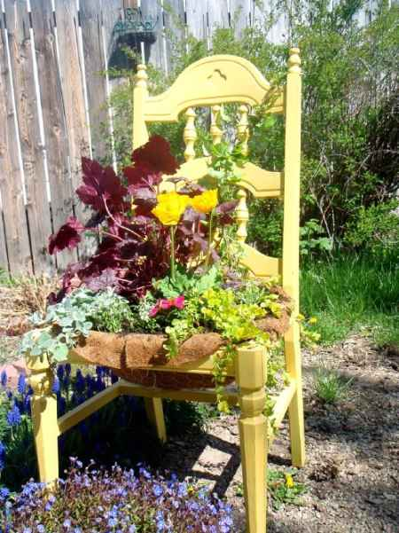 18-diy-projects-for-garden-decoration