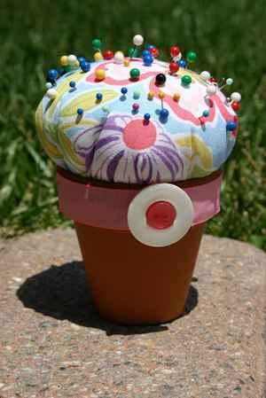 20-creative-ways-to-use-terra-cotta-pots