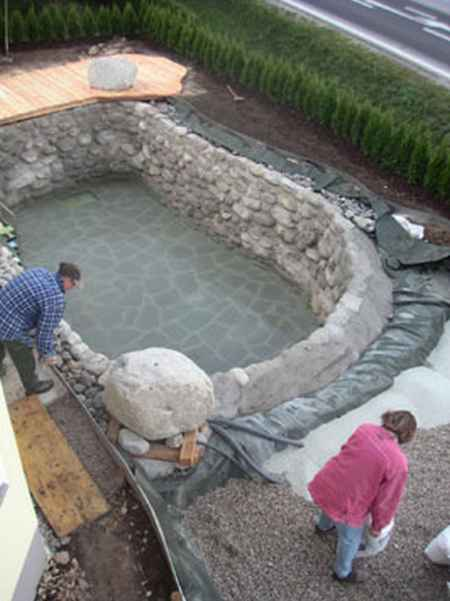 17 diy hot tubs and swimming pools - Building a swimming pool yourself ...