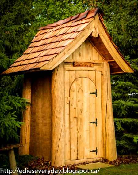 5-outhouse-plans-and-ideas-for-the-homestead