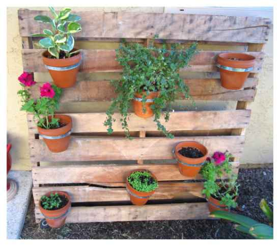 7-pallet-garden-planter-ideas