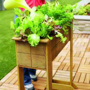9-diy-elevated-planter-boxes-for-easy-gardening