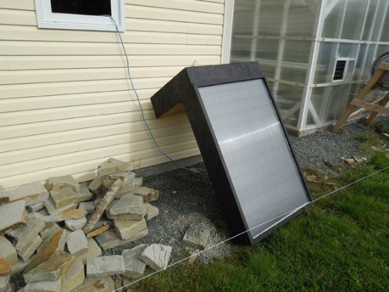 window-mounted-solar-hot-air-furnace