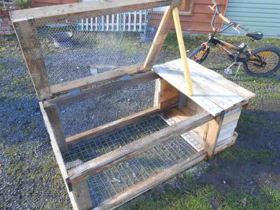 18 diy rabbit hutch ideas and designs for Diy home building plans