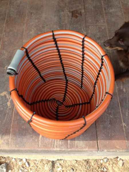 1-ways-to-repurpose-garden-hoses