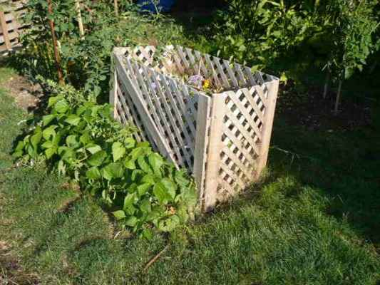14-diy-compost-bin-ideas-and-deisgns