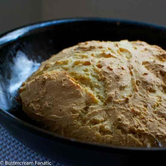 15-best-cast-iron-skillet-bread-recipes