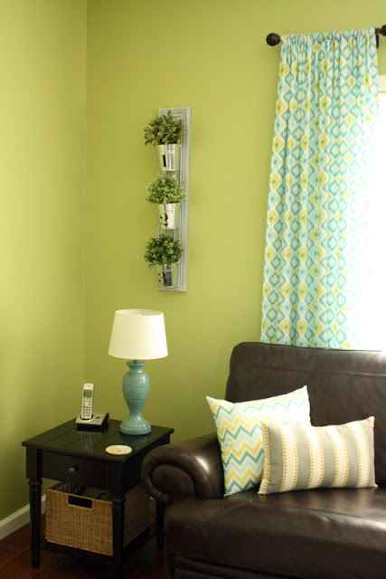 15-vertical-garden-ideas-for-your-home