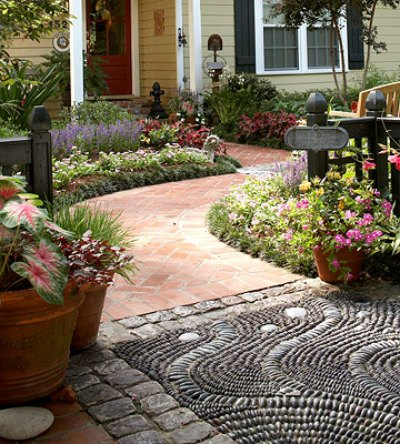 2-stylish-garden-projects-using-rocks