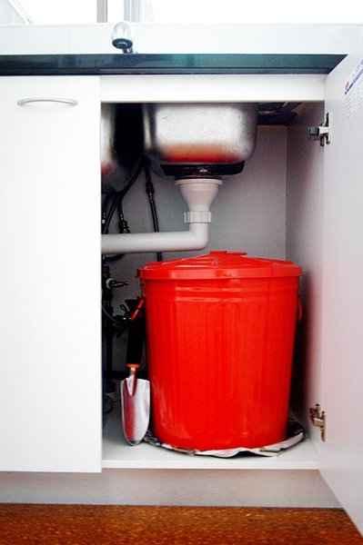 8-diy-compost-bin-ideas-and-deisgns