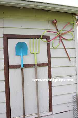 8-ways-to-repurpose-garden-hoses