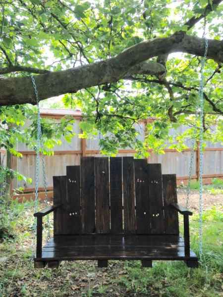 1-diy-impressive-garden-benches