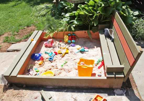10-diy-impressive-garden-benches
