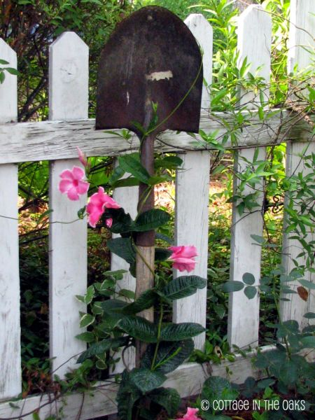 10-genius-ways-to-repurpose-garden-tools