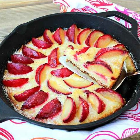 14-incredible-cast-iron-skillet-dessert-recipes