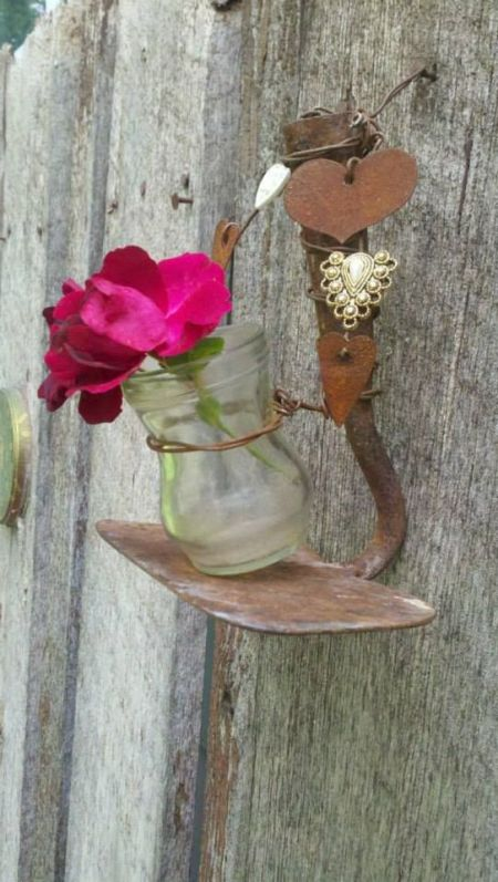 17-genius-ways-to-repurpose-garden-tools