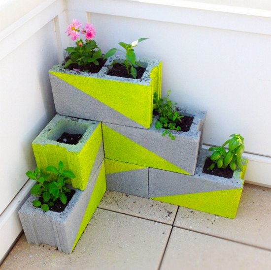 18-diy-garden-planters-and-ideas