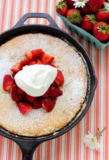 18-incredible-cast-iron-skillet-dessert-recipes