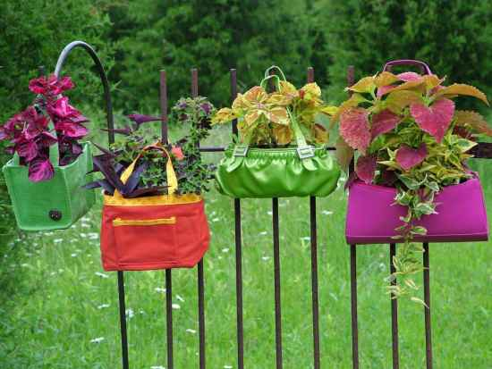 2-diy-garden-planters-and-ideas