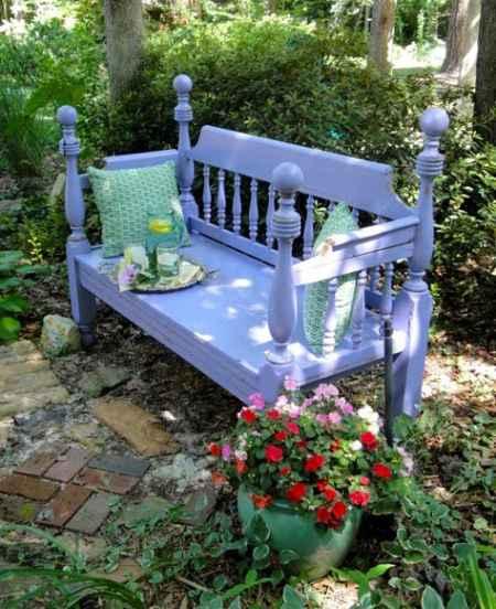 2-diy-impressive-garden-benches