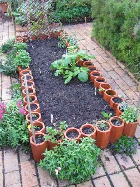 2-gardening-bed-edging-ideas-that-are-easy-to-do