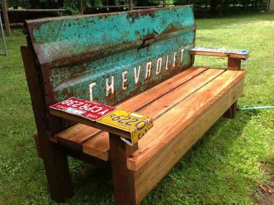 3-diy-impressive-garden-benches