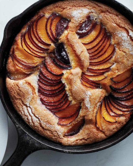 6-incredible-cast-iron-skillet-dessert-recipes