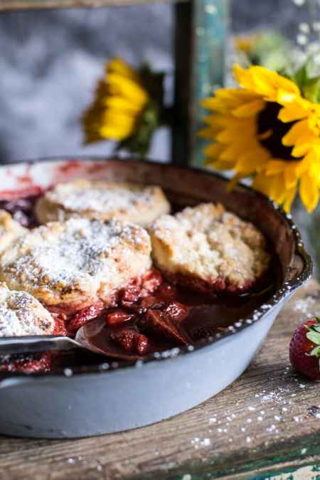 7-incredible-cast-iron-skillet-dessert-recipes