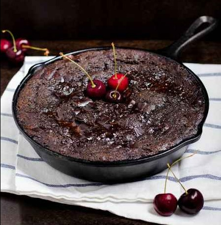 8-incredible-cast-iron-skillet-dessert-recipes