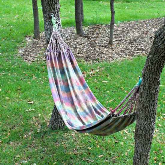 12-diy-hammocks-and-hammock-stands-for-total-relaxation