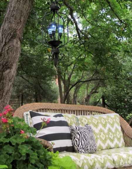 16-diy-garden-lighting-projects-to-illuminate-your-homestead