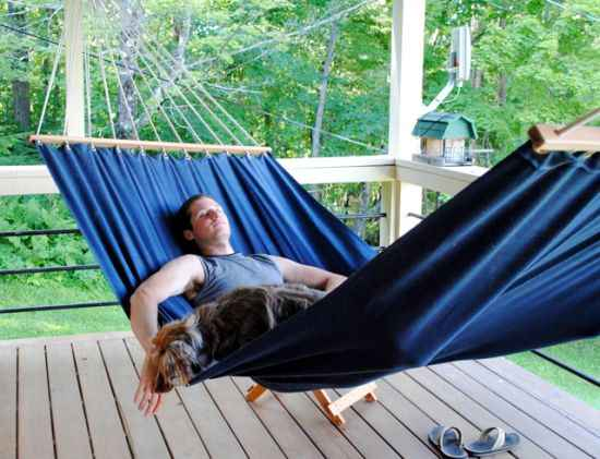 17-diy-hammocks-and-hammock-stands-for-total-relaxation