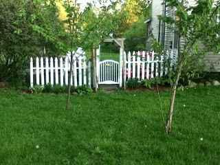 19-genius-ways-to-repurpose-old-cribs
