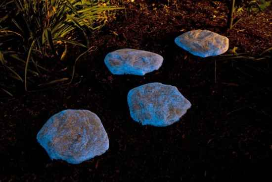 26-diy-garden-lighting-projects-to-illuminate-your-homestead