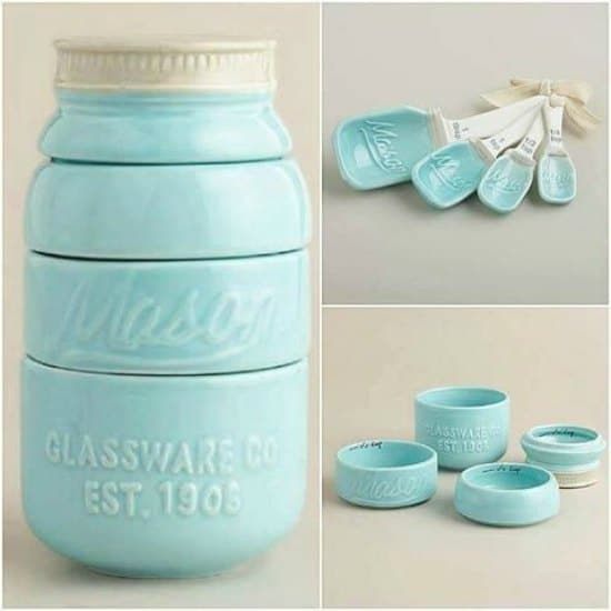 This mason jar measuring set is just one of many holiday gift ideas.